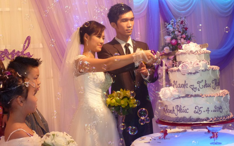 Hạnh Lê's Wedding at Cosmos Plaza – 25.04.2013