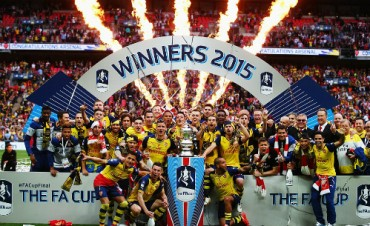 Arsenal vô địch FA Cup: Bay cao và bay xa hơn