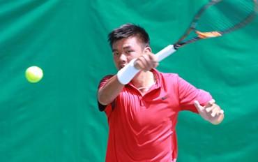 Lý Hoàng Nam thẳng tiến vòng ba giải trẻ Roland Garros