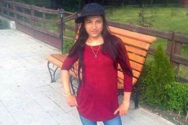 """Đứng dưới nắng để dùng """"chùa"""" wifi công cộng, thiếu nữ 14 tuổi tử vong"""